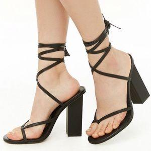 NEW✨F21 Lace Up Block Heels